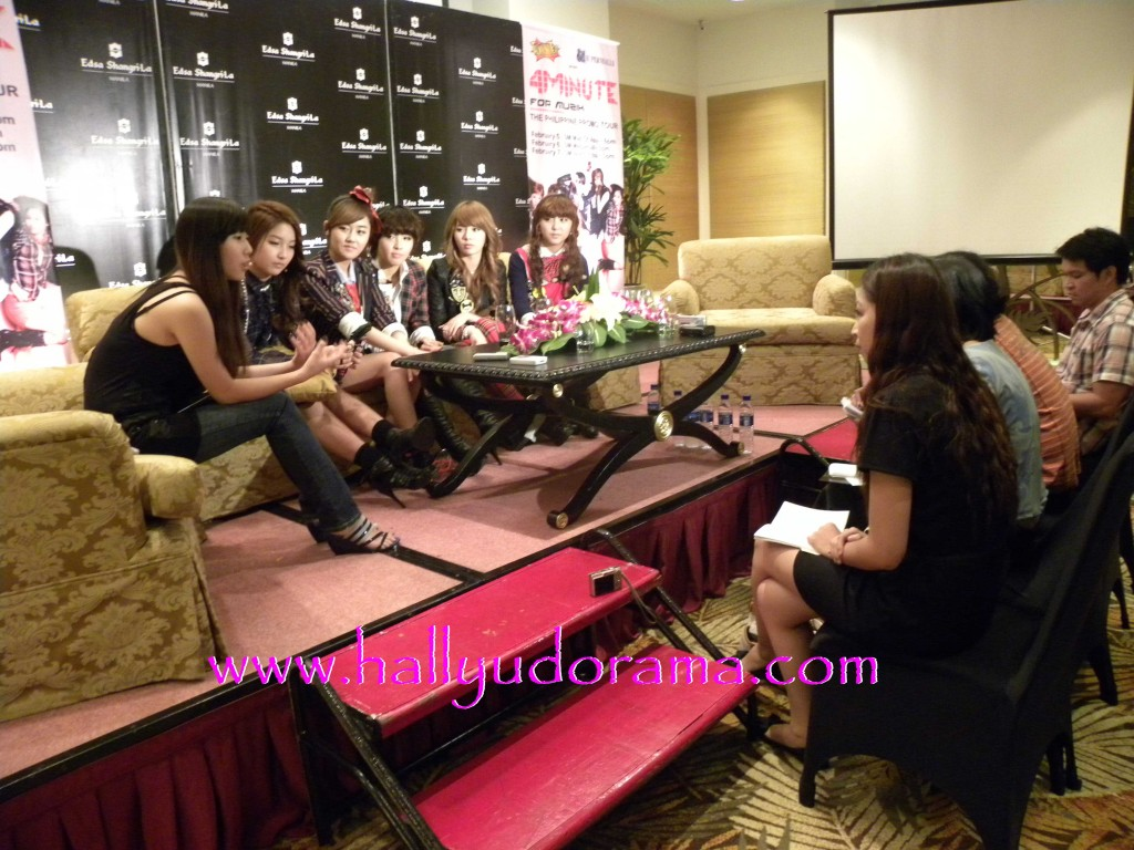 4Minute interviewed by the Philippine press
