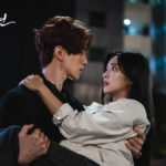 """Lee Dong-wook and Jo Bo-ah in """"Tale of the Nine-Tailed"""" episode 1"""