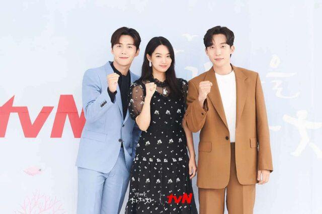 """Kim Seon-ho, Shin Min-a, and Lee Sang-yi at the """"Hometown Cha-Cha-Cha"""" press conference"""
